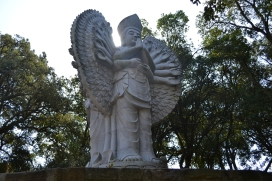 estátua