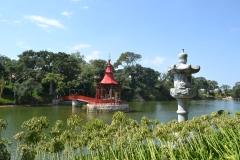 mais uma vista para o coreto sob o lago