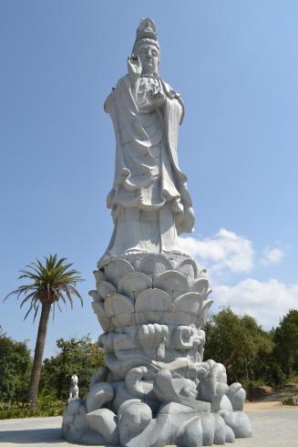 grande estátua