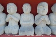 estátuas miniatura